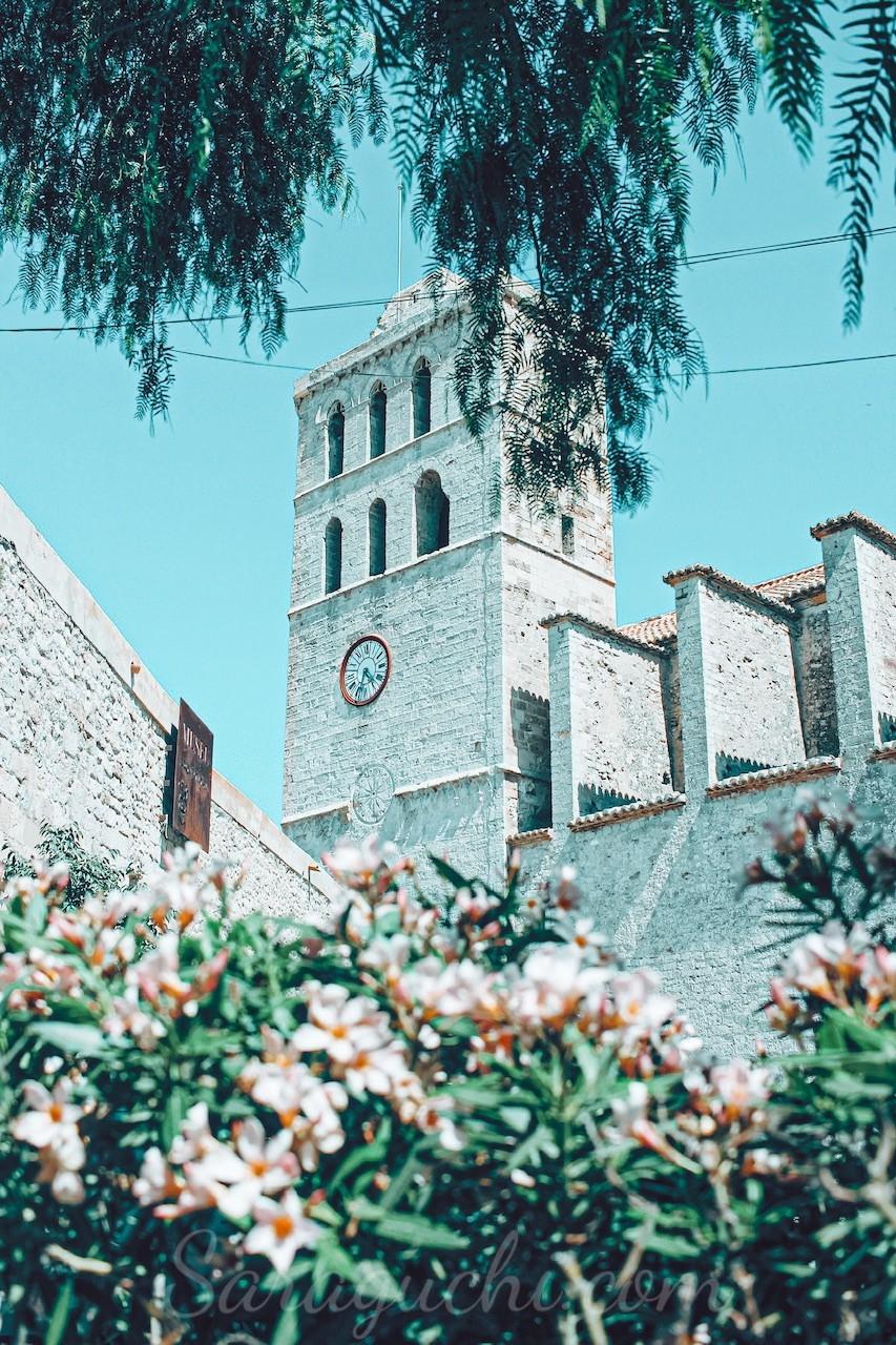 Catedral de Santa Maria de les Neus en el Castillo de Ibiza