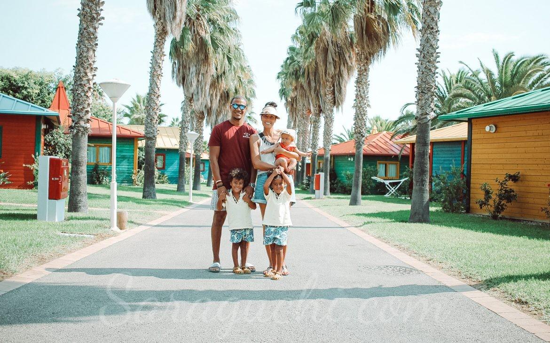Calle zona Caribe del Cambrils Family Park Resort