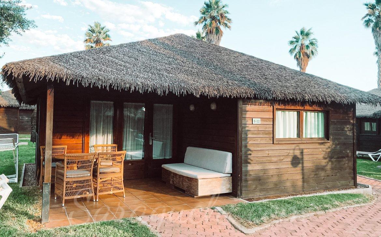 Bungalow Aloha polinesio del Cambrils Family Park Resort