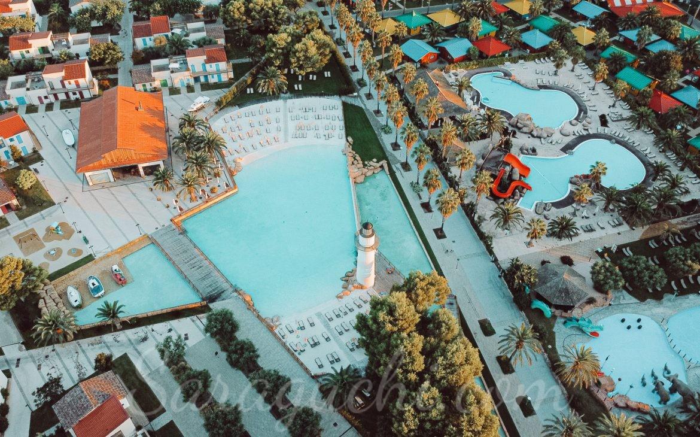 Vista aérea piscinas del Cambrils Family Park Resort