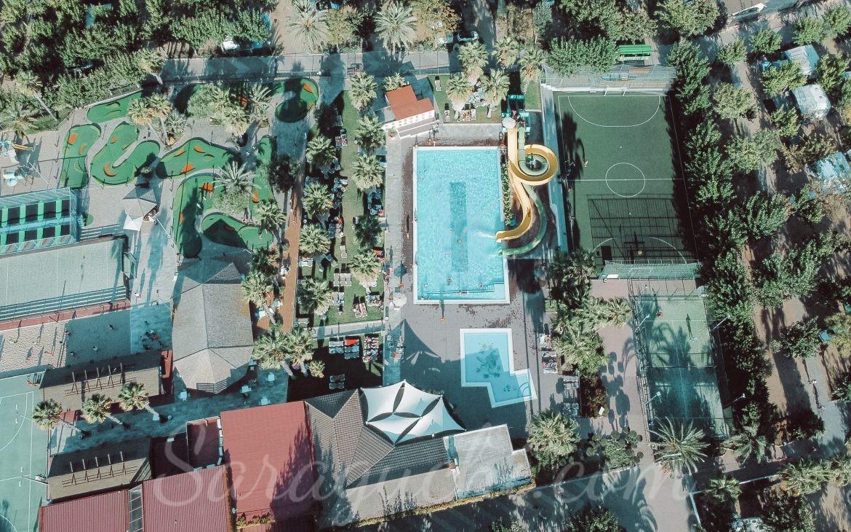 Vista aérea de la Happy Pool del Camping & Resort Sangulí Salou
